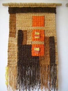 Weaving Textiles, Weaving Art, Tapestry Weaving, Textile Fiber Art, Tear, Tapestry Crochet, Woven Wall Hanging, Weaving Techniques, Rug Hooking