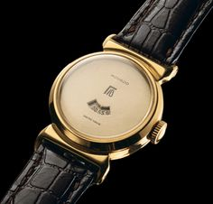 Movado - 1930 - The 1930s represented a decade of brilliant creativity during which the early Movado Digital Watch, with an innovative display of both hours and minutes, is introduced.