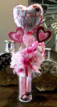 Pin by Tracy Gilbert Stapleton on Mary Kay Valentine Gift Baskets, Valentine's Day Gift Baskets, Valentine Crafts, Valentine Day Gifts, Pinterest Valentines, Valentines Balloons, Valentine Bouquet, Balloon Gift, Christmas Bows