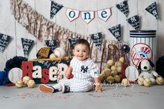 Cake Smash boy | first birthday | yankee | party | photo shoot | photoshoot | photographer | photography | baby | child | kid | toddler | cute | baseball | ball | sports | one | team | theme | idea | set up | custom | unique | bat | banner | cake | messy | smash | party | nj | ny | New Jersey | New York | professional