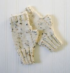 Fingerless texting gloves/mitts.  Acrylic.  Ladies and teens size.  Aran tweed. Christmas gift. by RosenLilyCreationz on Etsy