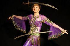 Bahiga's Bauchtanz-Tanz-Repertoire für Ihre Veranstaltung – Mag 2020 Belly Dance, Burlesque, Sari, Dancing, Style, Fashion, Bellydance, Role Models, Saree