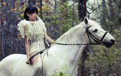 Maria Golovisina by Roman Schmidt for My Horse, novembre 2008