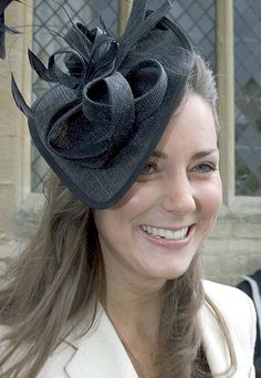 Catherine, Duchess Of Cambridge William Kate, Prince William And Catherine, Millinery Hats, Fascinator Hats, Fascinators, Headpieces, Duchess Kate, Duchess Of Cambridge, Types Of Hats
