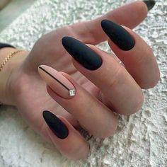 57 Ideas For Black Oval Nails Almond Black And Nude Nails, White Nails, Shellac Nail Art, Nail Manicure, Diy Nails, Almond Acrylic Nails, Almond Nails, Matted Nails, Black Nail Designs