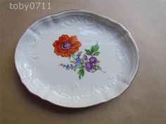 Meissen-Porcelana-uma-Bandeja-Oval-Em-Relevo-Spray-Floral-Pintado-A-Mao