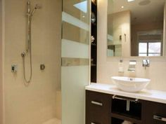 Choosing The Best Tile Designs For Bathrooms With The Shower ~ http://lanewstalk.com/difficulty-in-choosing-the-best-tile-designs-for-bathrooms/