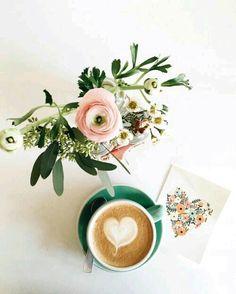 Flores y café