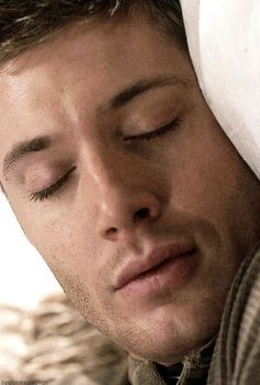 Sleeping Dean <3 I'd wake up to that in a second!  2x20 What Is and What Should Never Be #SPNS2 #Dean