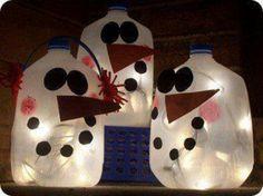 Milk jug snowmen