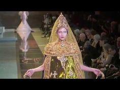 Guo Pei | Haute Couture | Fall/Winter 2017/18 - YouTube