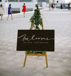 5 Creative Wedding Welcome Signs For Every Type Of Ceremony
