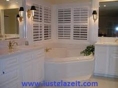 Refinishing your bothtube By Super Glaze At affordable price.