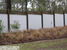 COLORBOND fencing in Brisbane is the perfect alternative to timber fencing: no painting, no termites, no gaps and no worries in residential projects. Corrugated Metal Fence, Timber Fencing, Timber Posts, Wooden Posts, Outside Living, Outdoor Living, Outdoor Decor, Dog Proof Fence, Casas Magnolia
