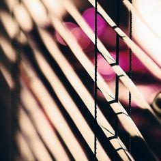 Ich wünsche euch einen schönen Abend ihr Lieben   #alittlefashion #lifestyle #blogazine #living #interior #goodnight #light #lichtspiel #jalousien #GermanInteriorBloggers #prettylittleinspo#love #lovedailydose #instadaily #dailyinspo #night #dark #photooftheday #fotototal #photography #yourdailytreat #yourdailydose #thatsdarling #evening #instagood #instamood #blogger_de #blogger_at #interiorblogger