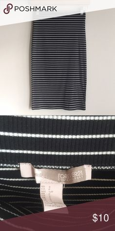 """Forever 21 Black and White Striped Pencil Skirt Forever 21 Contemporary. Worn once. This skirt hugs the body. Approx. 23.5"""" in length. Forever 21 Skirts Pencil"""