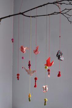 Mobile origami et perles