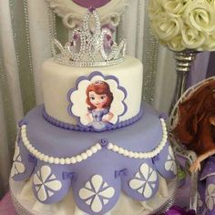 i just love this sofia the first cake