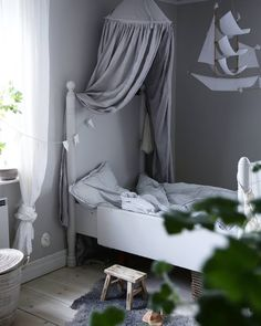 """Gefällt 1,699 Mal, 12 Kommentare - Scandinavian Homewares (@istome_store) auf Instagram: """"How gorgeous is this little girl's room by @lightpoem_mama Ooh Noo Toy Pram available in our…"""""""