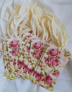 23 Rose Toile  Hang Tags Gift Cards Valentine's Wedding Shower Party Favor Victorian Red Cream
