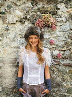 burda style - Schnittmuster - Zartes Shirt aus edlem Baumwolltüll mit Spitze im Vorderteil und an den Ärmeln