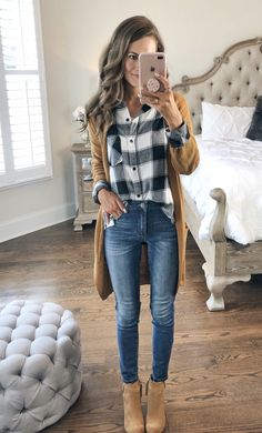 In this article you will check out the most elegant and trendy Cute Fall Outfits. These are really cool tips for you to have a lot of style in the cold season. Check out Cute fall outfits images Cute Fall Outfits, Fall Winter Outfits, Autumn Winter Fashion, Spring Outfits, Casual Outfits, Plaid Shirt Outfits, Winter Style, Cute Flannel Outfits, Mom Style Fall
