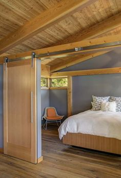 This timber framed cabin has modern lines and an energy-efficient shell. There is 1 bedroom in 550 sq ft.   www.facebook.com/SmallHouseBliss