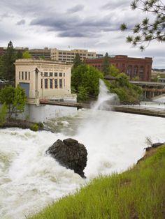 Spokane River in Major Flood, Riverfront Park, Spokane Washington