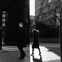 A Study of Light, Shadows, and Framing: Street Photos by Ray Metzker raymetzker 1