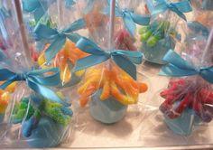 Birthday Candy, Dinosaur Birthday Party, 4th Birthday Parties, Mermaid Birthday, Chocolate Dipped Marshmallows, Marshmallow Dip, Rice Krispie Treats, Rice Krispies, Candy House