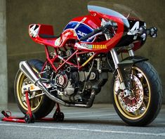 Custom Ducati Monster. ~~ ohhhhh K. Hopefully this is strictly for racing cuz it does NOT look comfortable~~