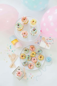 Throw a Summer Donut Party for a birthday party or end of summer celebration 1 Year Old Birthday Party, Summer Birthday, Baby First Birthday, Birthday Fun, First Birthday Parties, First Birthdays, Birthday Ideas, Party Sweets, Party Desserts