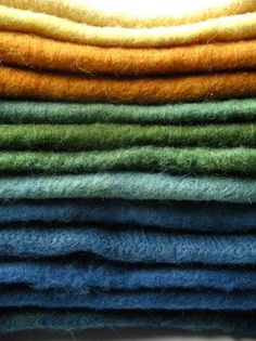 Herbs/Spices for Natural Dyes. Good for soaps, clothes etc. Black: black walnut, alder Brown: burdock, comfrey, fennel, onion, geranium Gold: goldenrod, plantain, safflower, agrimony Blue: indigo, …