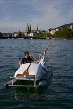 Pedalo auf dem Zürisee Switzerland Cities, Christian Men, Small Boats, Travel Around, Scenery, Country, City, Beautiful, Sports