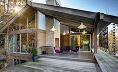 $1.485M Mid Century Modern Looks Great With Yue Minjun - Curbed ...
