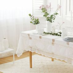 Image of the product Crochet cotton napkins and tablecloth