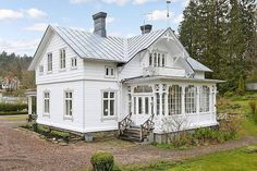 -New Trim (less white) -Rose bushes -New wooden steps -garden to the left (Wooden Step) Swedish Cottage, Swedish House, Elegant Home Decor, Elegant Homes, Future House, My House, German Houses, Scandinavian Home, Historic Homes