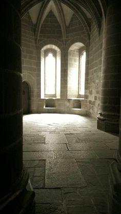 Crypte mysterieuse, Mont-Saint-Michel