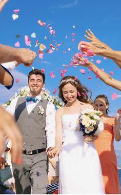 Fresh Flowers Near Me | Bulk Flowers Hot Pink Roses, Lavender Roses, Yellow Roses, White Roses, Red Roses, Fresh Rose Petals, Pink Petals, Fresh Flowers, Petals Florist
