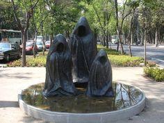 cuculati i, ii y iii - leonora carrington - escultura - 2008