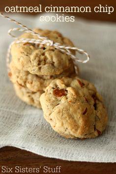 Oatmeal Cinnamon Chip Cookies on SixSistersStuff.com