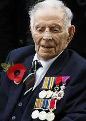 RIP - Harry Patch - the last British Fighting Tommy. - A thoughtful and humble West-Country hero World War One, First World, Look Back In Anger, Remembrance Sunday, Anzac Day, History Images, Military Veterans, We Remember, Wwi