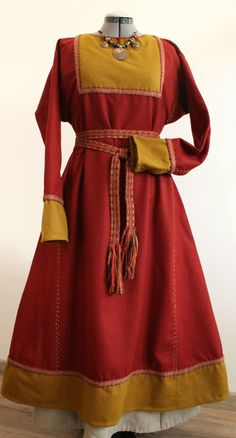Early medieval viking dress by NornasMystery on Etsy
