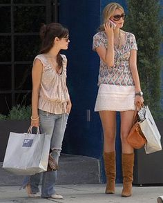 MagTag - Celebrities Under Looking Larger than Life Short Celebrities, Rachel Bilson, 5 S, Style Icons, Chic, Larger, Closet, Life, Fashion