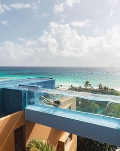Beautiful Places To Travel, Beautiful Hotels, Cool Places To Visit, Hotel Swimming Pool, Hotel Pool, Epic Pools, Cool Pools, Unique Hotels, Best Hotels