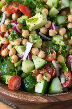 Adding chickpeas to this salad definitely packs a protein punch! What a great way to enjoy fresh summer veggies and it's the perfect make ahead lunch! #spendwithpennies #chickpea #chickpeasalad #saladrecipe #makeaheadsalad #lunchrecipe #easyrecipe #easysidedish #potluck #bbq Chickpea Salad Recipes, Easy Salad Recipes, Lunch Recipes, Vegetarian Recipes, Cooking Recipes, Healthy Recipes, Cooking Tips, Make Ahead Salads, Easy Salads