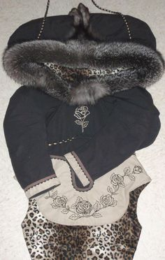Inuit made amautiq by Mina Maina Tukai