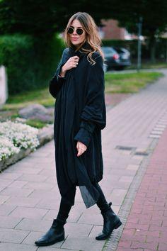 MAJA WHY | all black | layers