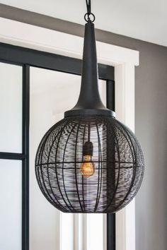 Hanglamp Adrienne zwart XL   Wants&Needs - Wants & Needs