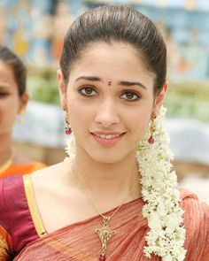 Super how to draw eyebrows posts ideas South Indian Actress Photo, Bollywood Actress Hot Photos, Indian Actress Hot Pics, Beautiful Bollywood Actress, Beautiful Actresses, Tamil Actress, Indian Actresses, Beautiful Girl Indian, Most Beautiful Indian Actress